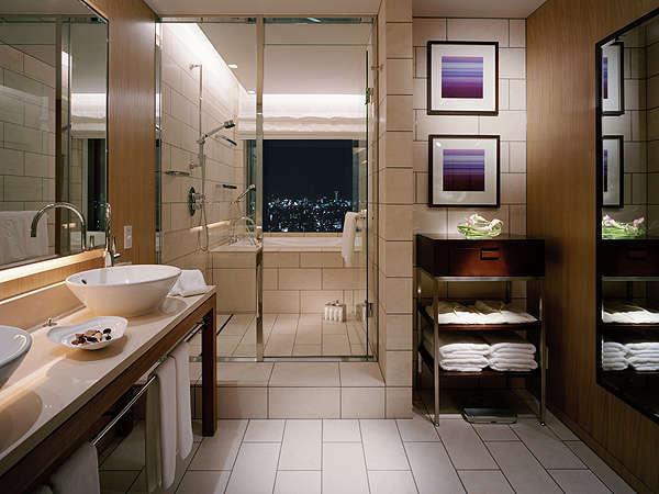 「ザ・スイート」バスルーム