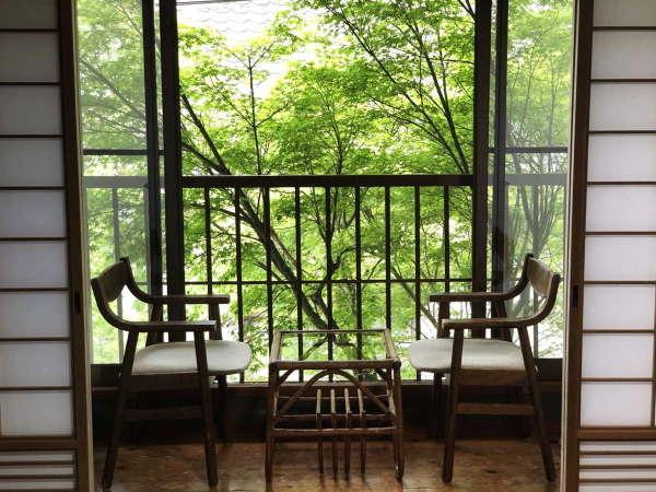 和室一例 昔ながらの広縁でゆったりと。