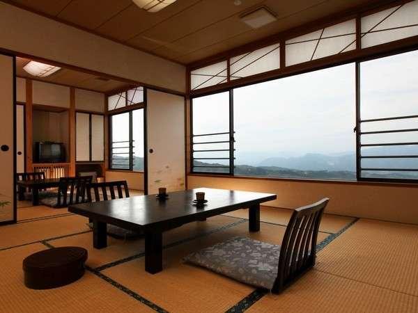 上州の山々を一望できる眺望和室10畳+6畳