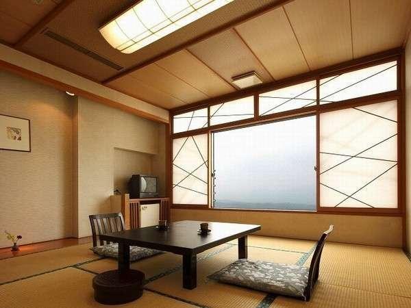 上州の山々が一望できる眺望和室10畳2名~4名ご利用可能