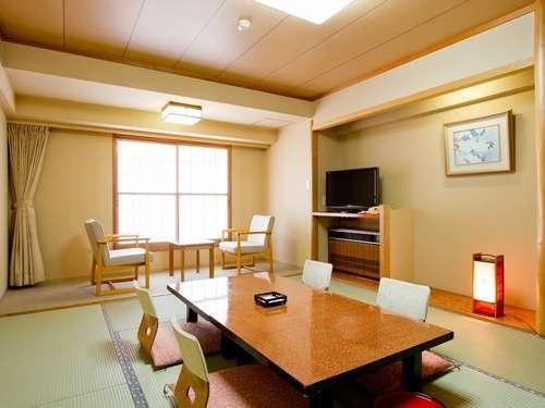 【客室/和室10畳】当館スタンダードルーム。