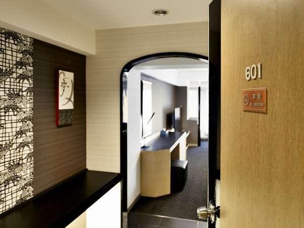 【客室/プレミアム ジャパニーズ スイート】10畳+リビングの快適空間(限定1室)
