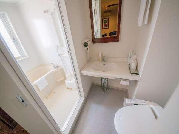 バスルーム全部屋ナノテクノロジーを用いた肌に浸透しやすいナノ水使用