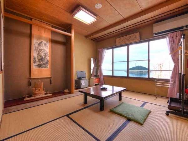 *和室6畳(客室一例)/一人旅やカップルに◎穏やかに波打つ潮騒とともに寛ぎのひと時をお過ごし下さい。