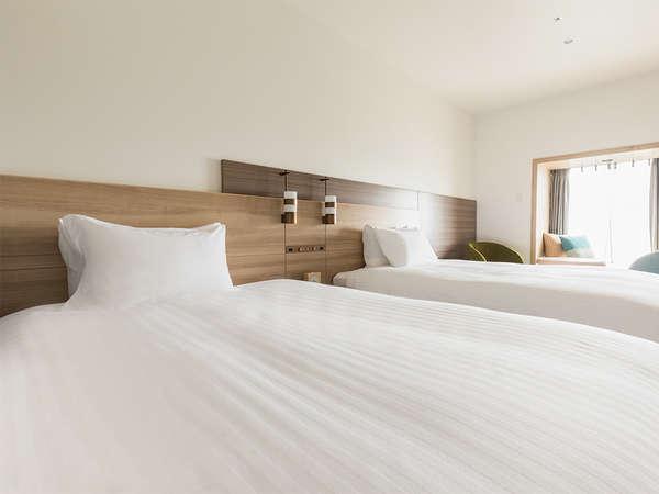 【客室】プレミアムデラックスツイン・部屋広さ…35㎡・宿泊人数…1~4名・ベッド幅…120cm