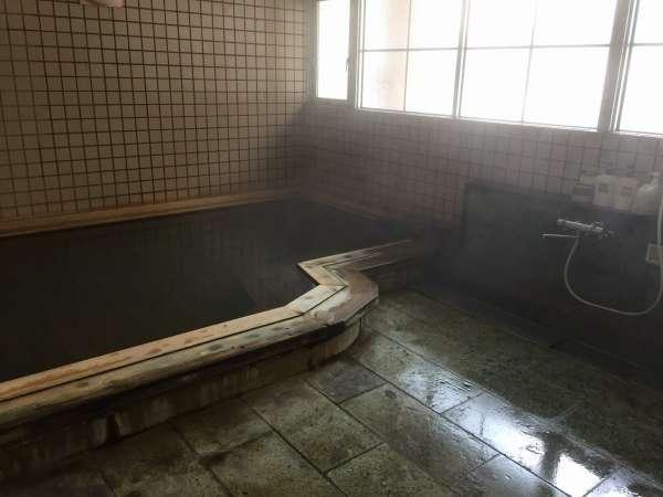 檜造りの源泉100%掛け流しの大浴場