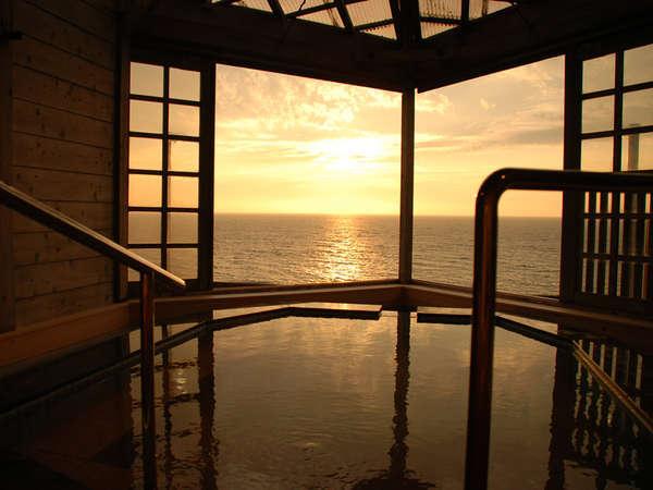 【大清荘】日本海を一望できる眺海風呂は格別。日本海の幸を心ゆくまで堪能