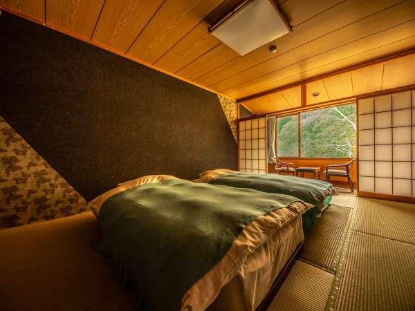 和室10畳+ベッドルーム【客室一例】