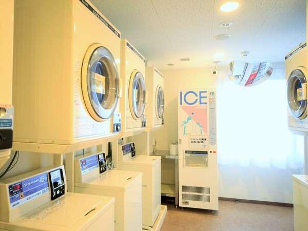 洗濯機と乾燥機を9台ずつご用意しております。