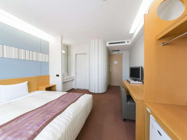 広さ21平米、ベッド幅150cmでゆったりシングルルーム