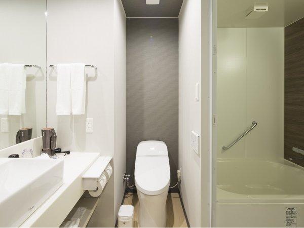 シングルルーム洗い場付きバスルーム
