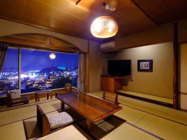 お部屋からの望む別府の夜景