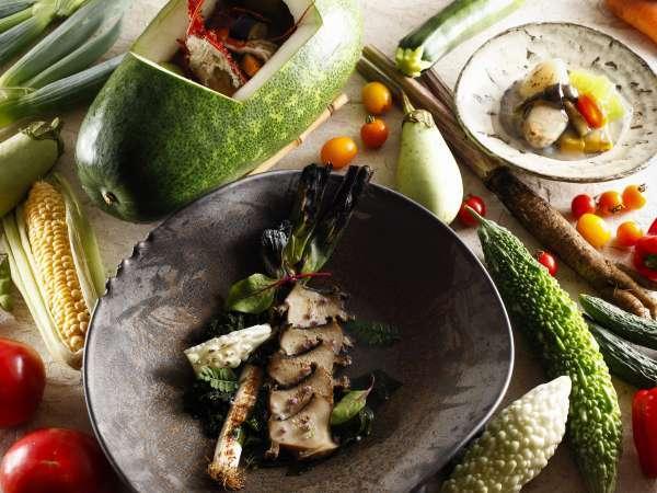 月替わりばさら創作膳<一例>|現地でしか味わうことの出来ない旬の味をお楽しみください。