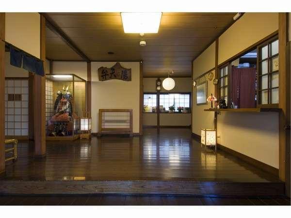 【益成屋旅館】湯畑近くの静かな宿!全てのお部屋に専用の貸切風呂