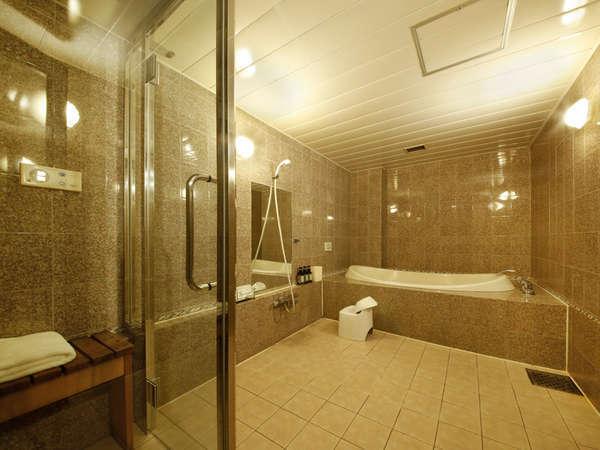 F・G・Hタイプのお部屋の浴室には、ミストサウナが付いております。