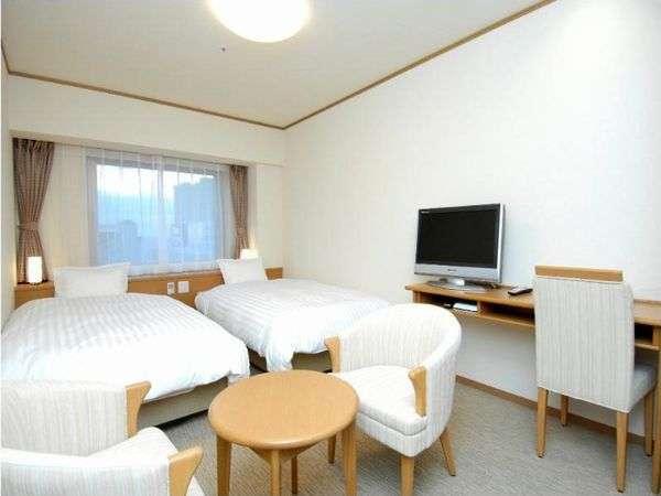 ◆【客室】『ツインルーム』 広さ22平米 ベッドサイズ横115cm×縦205cm(2台)