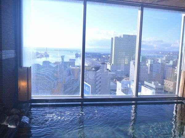 ◆【大浴場】『男性内湯』最上階13階からの景色を見ながら、ごゆっくりとご入浴下さいませ♪
