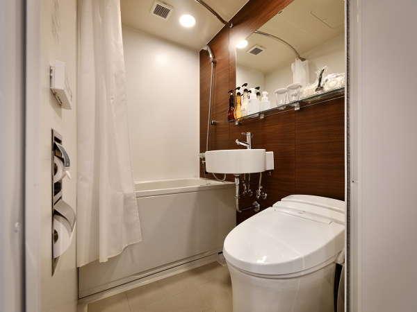 【ユニットバス】全タイプのお部屋のトイレ、バスはユニットバスとなります。