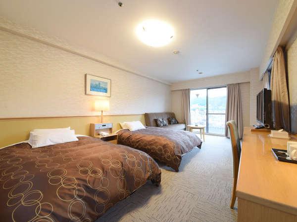 *【洋室ツイン】広々ベッドが快適な洋室。エキストラベッドで3名様までご利用いただけます