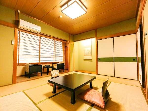 ゆのごう館の一般和室(一例)10畳以上のお部屋で1名様から6名様までご利用頂けます。