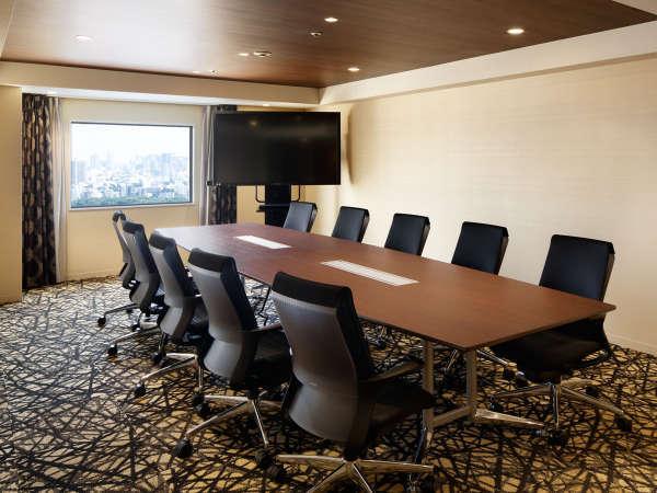 10名まで利用可能の会議室(30㎡)