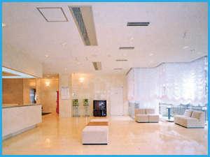交通の中心に位置する、落ち着いてくつろげるホテルです。温かいホスピタリティーで皆様をお迎えします。