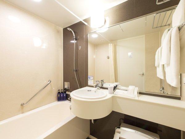 【バスルーム】清潔感のあるシックな内装