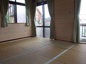 ゆっくり寛げる畳のお部屋
