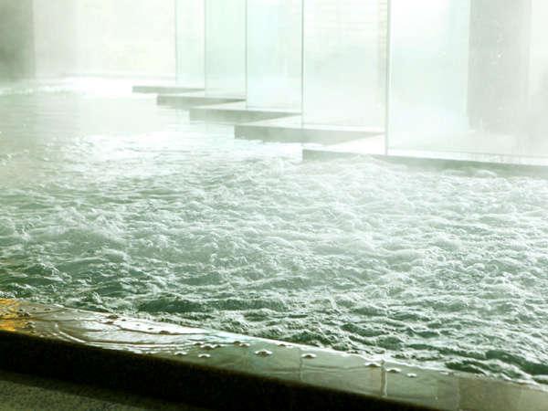 【大浴場】一部清掃時間を除き、ご滞在中はいつでもご利用頂けます
