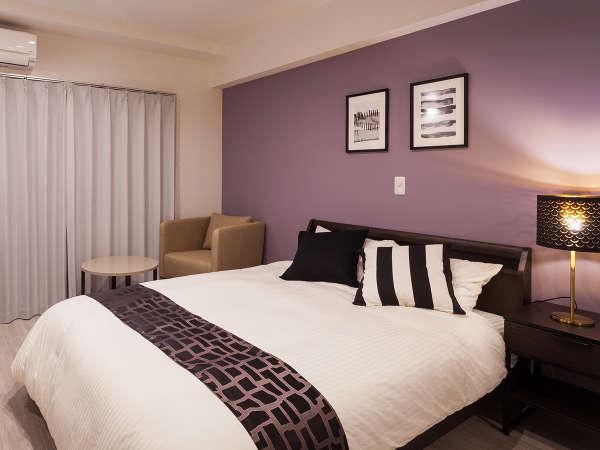 【ダブル】ゆとりの1400mm幅フランスベッドを導入。心地よい睡眠へ誘いゆっくりお休みいただけます。