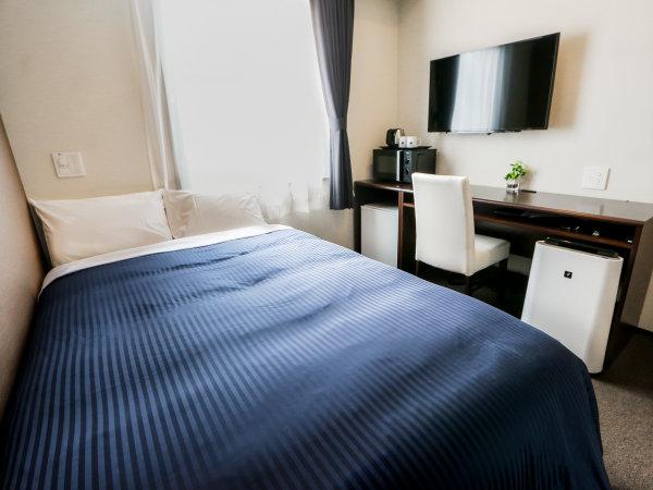 2名様以上の場合は添い寝でのご利用になります。シモンズ製ベッドを導入しております。