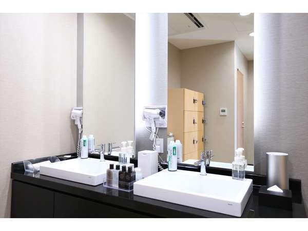 【男性浴場】洗面スペース