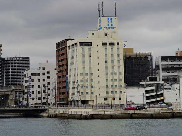 砂津港からの外観