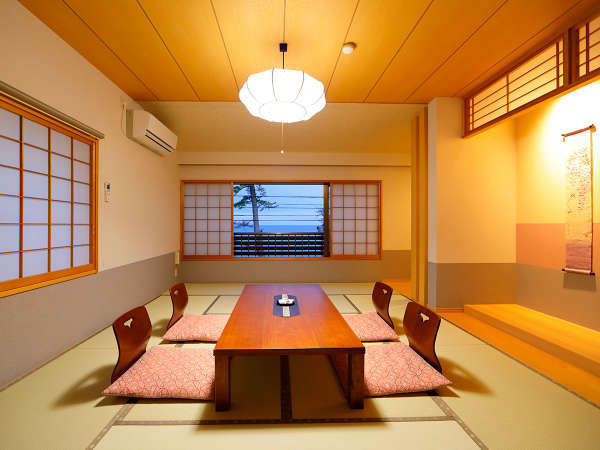 【二間客室】和8畳+和室12畳和ベッドルーム+広縁付