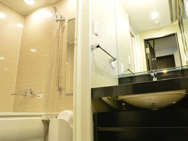 【風呂】デラックスシングル デラックスシングルはバスルーム・トイレがセパレートとなっております。