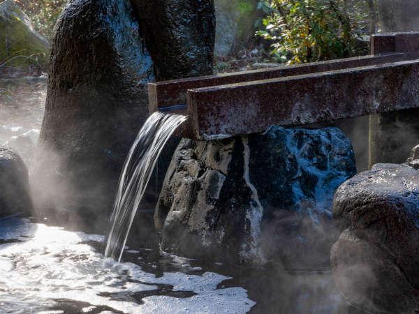 【加賀百万石温泉】大浴場や露天風呂では、地下1,200mからの自家源泉をお楽しみいただけます。