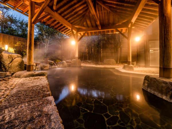 【千代女の湯】本館北大浴場(女湯)の露天風呂