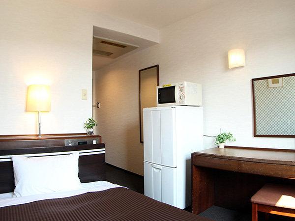 シングルルーム※現在、シングルルームにご用意しております冷蔵庫は1ドア冷蔵庫となっております。