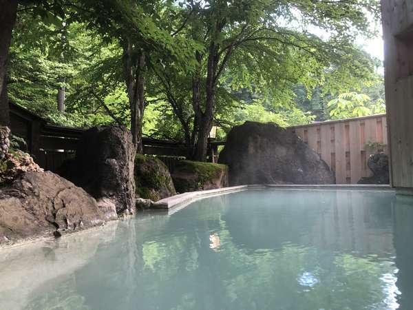 【かつらの湯 丸永旅館】白骨の湯を存分に楽しむ!ゆったりとした時間を鄙びた温泉宿で