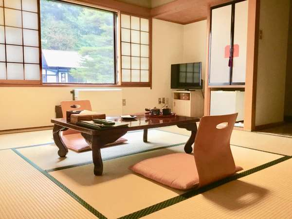 客室8畳和室一例こちらのタイプのお部屋は2~3名様でご利用いただけます