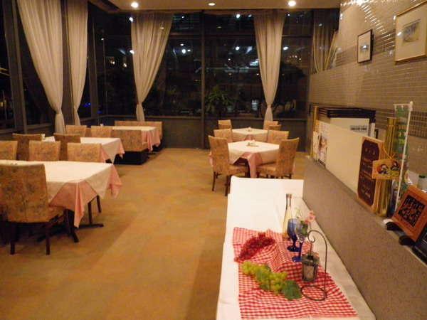 和食・洋食取り揃えた、シャトーブリアン自慢の料理を御堪能ください。