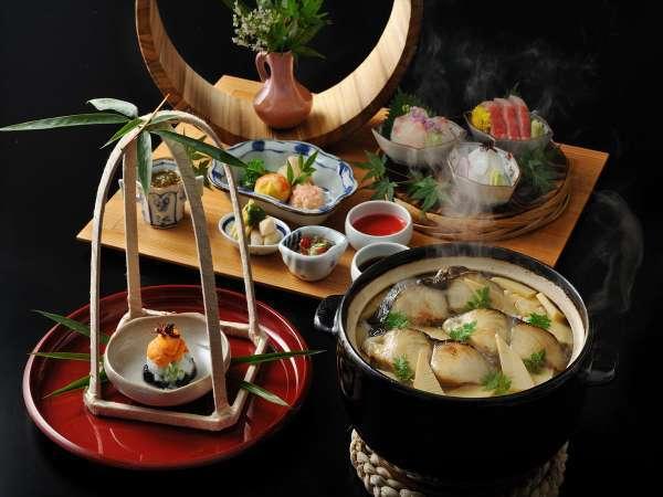 【基本会席】旬の食材をふんだんに使用した会席料理をご用意いたします。