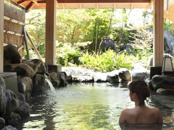 露天風呂『湯の舞の湯』…自然ならではの開放感を味わえます