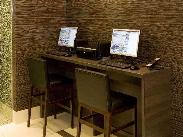 ◆無料インターネットコーナー  ちょっとだけ調べたい時にとっても便利♪24時間ご利用可能♪