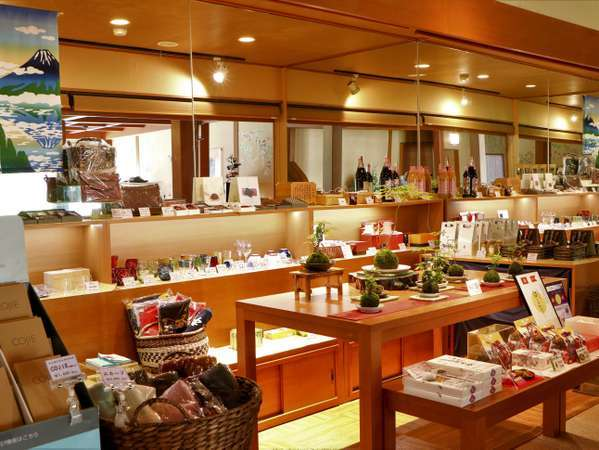 ◆山梨代表銘菓や工芸品等各種取り揃えております