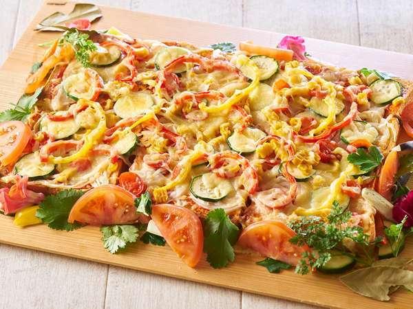 夏の料理フェア★モチモチ生地の『夏野菜の自家製ピザ』※写真はイメージ