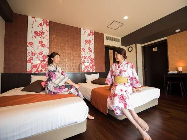 快適な空間の和洋室。各階にイメージカラーがあります。紀州手毬、梅、桜♪
