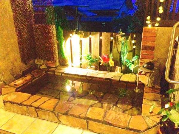 貸切・外湯リゾート風デザインです。雰囲気と遊び心をお楽しみ下さい。