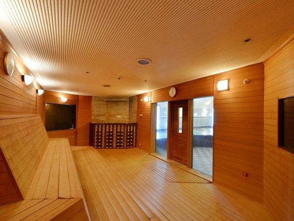 今日を締めくくるリラクゼーションタイム!男性大浴場にはサウナを完備しております