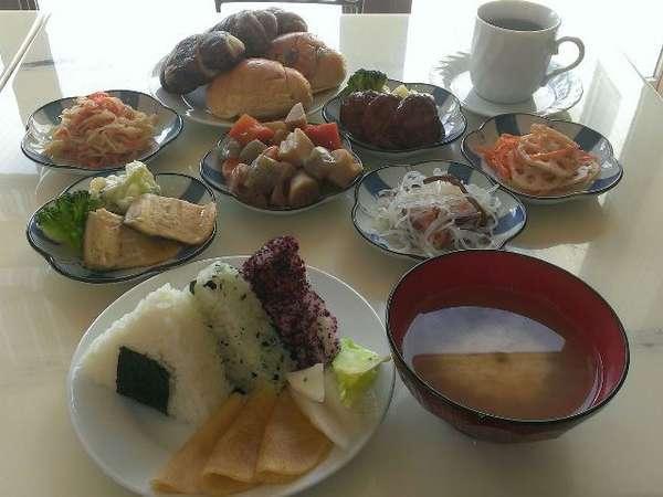 無料軽朝食※メニュー例 7:00~9:00